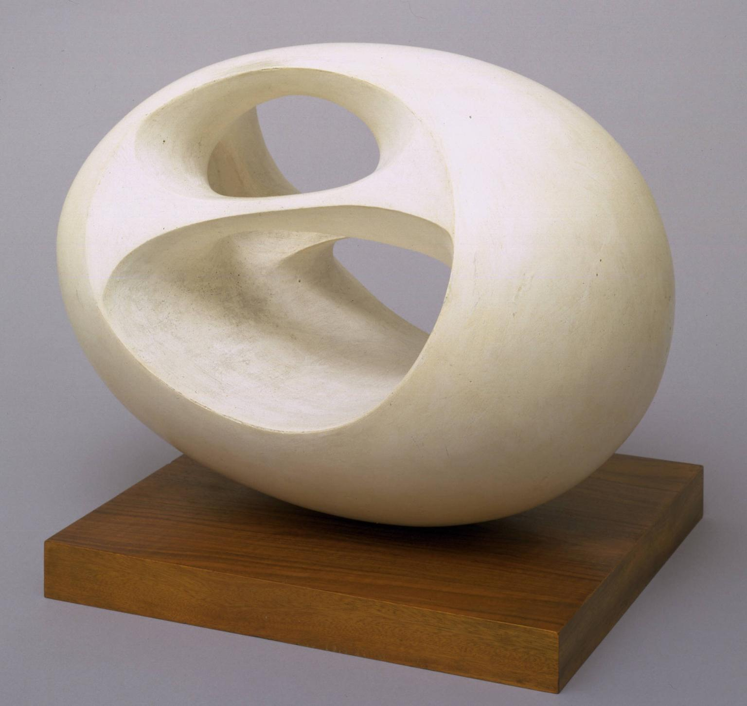 Barbara hepworth lodown magazine for 3d sculpture artists